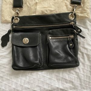 Roots Bags - Roots Village bag in black